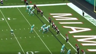 Miami Dolphins Brought Back Their Awesome 'Mountaineer Shot' Trick Play Formation Against The Bengals