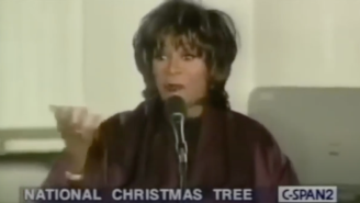 Patti LaBelle Absolutely Mutilating The Words To 'This Christmas' At The 1996 National Tree Lighting Ceremony Will Forever Be The Gift That Keeps On Giving