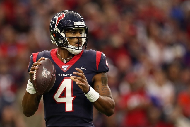 Texans Fans Freak Out After QB Deshaun Watson Posts Cryptic Tweet After Team Hires New GM