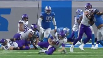 Refs Screwed The Lions By Calling The Worst Roughing The Passer Penalty Of All-time During Vikings-Lions Game