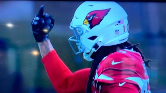 Cardinals WR DeAndre Hopkins Gives Refs The Middle Finger During Game Then Blasts Them On Twitter Over Pass Interference Call