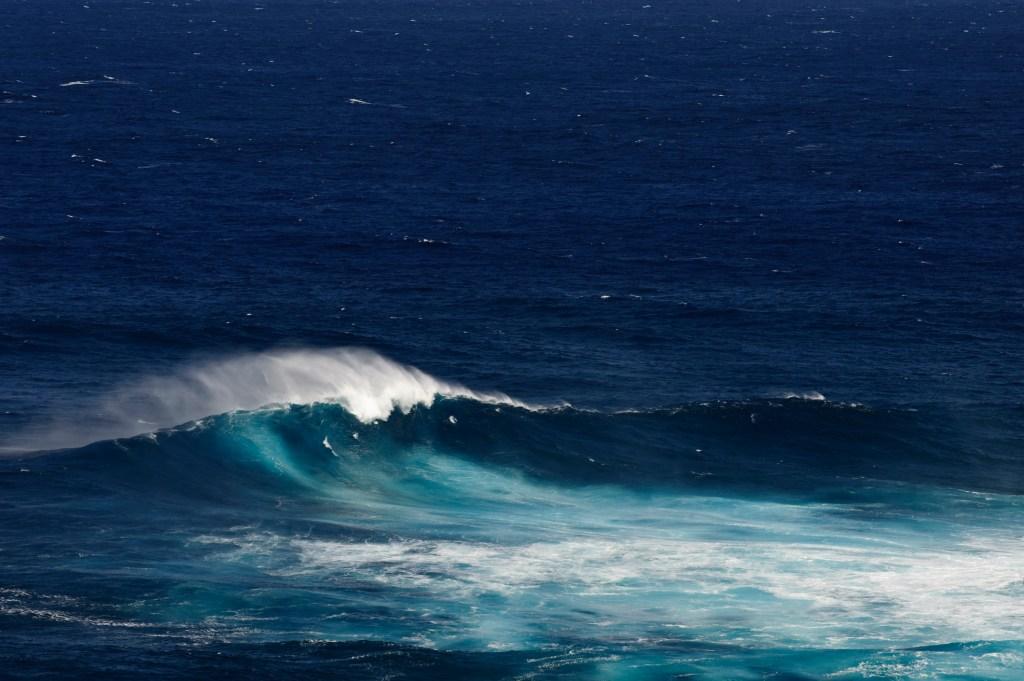 Pe'ahi Jaws Hawaii Surf