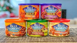 Bring Some Superfoods* To Your Super Bowl Party With Wow-Inducing Blue Diamond Almonds