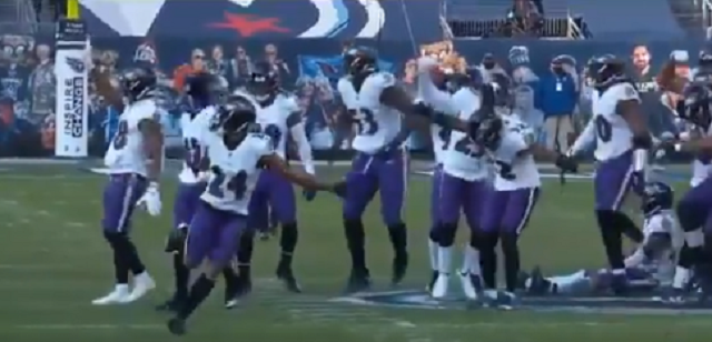 Ravens Players Disrespectfully Stomped On The Titans' Midfield Logo After Game-Clinching Interception