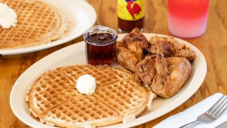 An Armed Robber At Roscoe's Chicken And Waffles Only Demanded Food And Honestly, I Get It