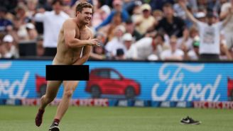 Streaker Makes Spectacular Escape At A New Zealand Cricket Match, Almost Gets Away With It