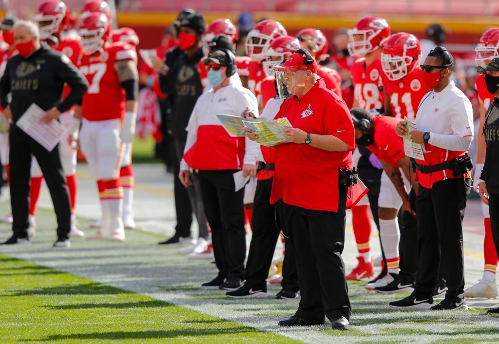 Andy Reid Kansas City Chiefs coach wearing face shield