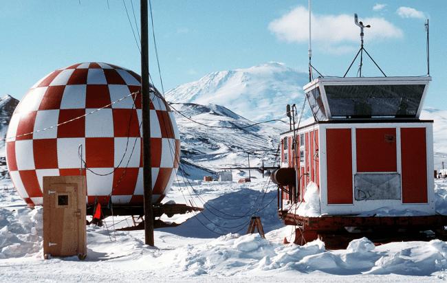 scientists discover hidden life antarctica ice