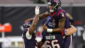 Deshaun Watson's CURRENT Texans' Teammates Are Reportedly Supporting His Request To Get Out Of Houston