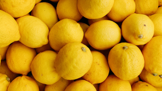 A Man Who Bought Over 1.2 Million Lemons Without A Plan For What To Do With Them Is Turning To The Internet For Advice