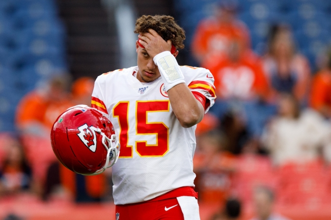 Patrick Mahomes was apparently in line to get a hiarcut from the Chiefs barber who tested positive for COVID