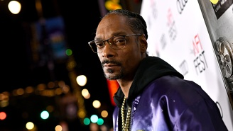 An Angry Snoop Dogg Loses His Mind, Slams Controller, And Rage-Quits Live Stream After Getting Destroyed In Madden