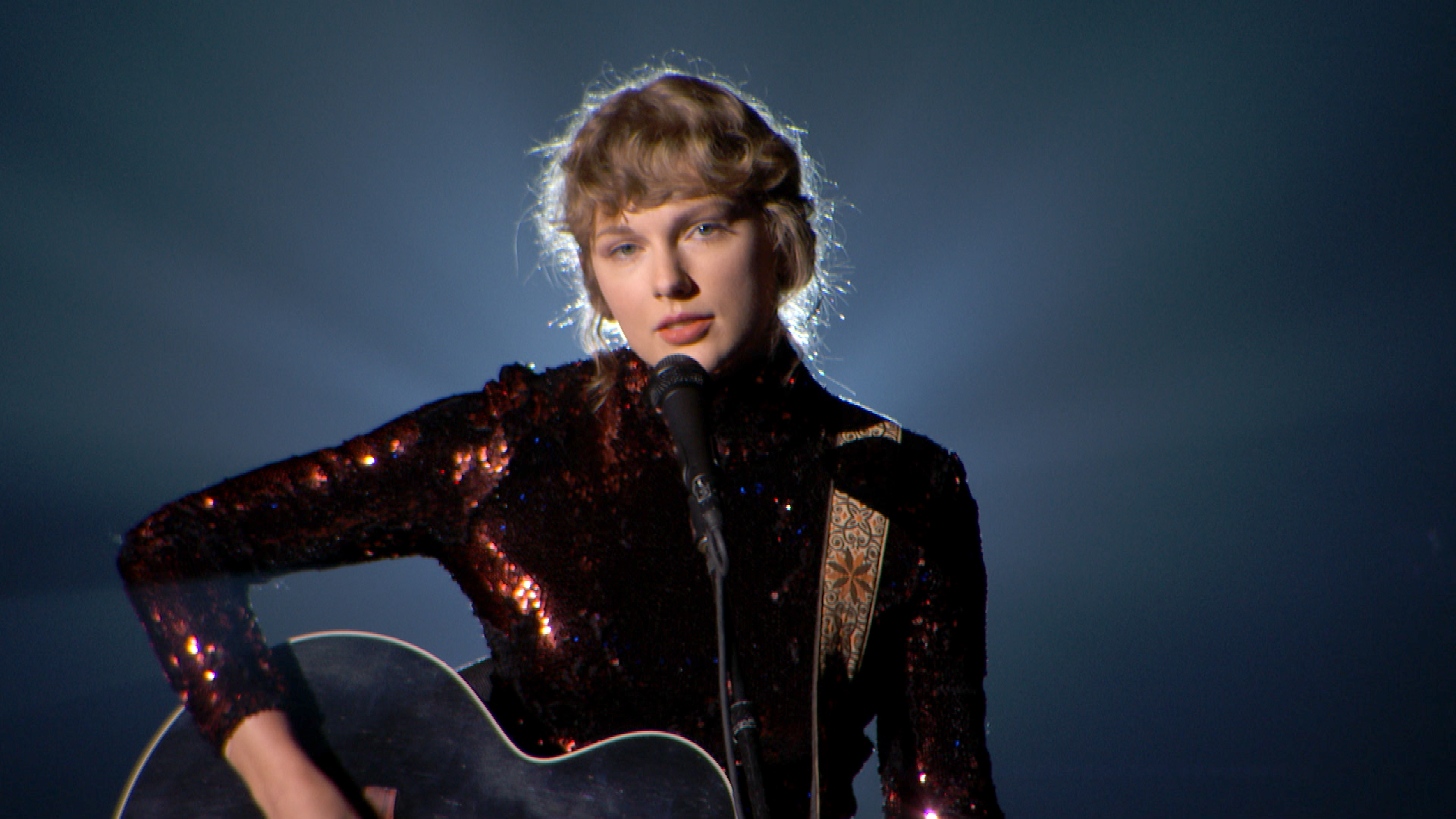 Taylor Swift Is Mad At Netflix For This 'Lazy, Deeply Sexist Joke'