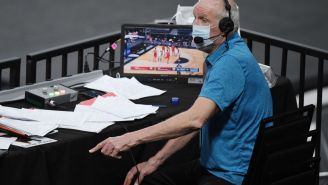 Bill Walton Snorting Like A Buffalo, Imitating A Falcon And Growling Like A Bear Is Why He's The Most Entertaining Broadcaster