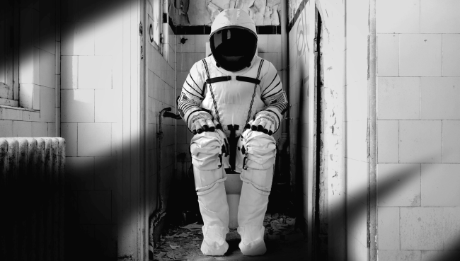 Millions-Of-Adults-Have-Escaped-To-The-Bathroom-During-The-Pandemic