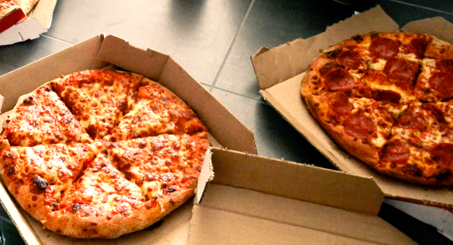 Pizza Box Folding Hack To Keep Leftovers In The Fridge Goes Ultra-Viral