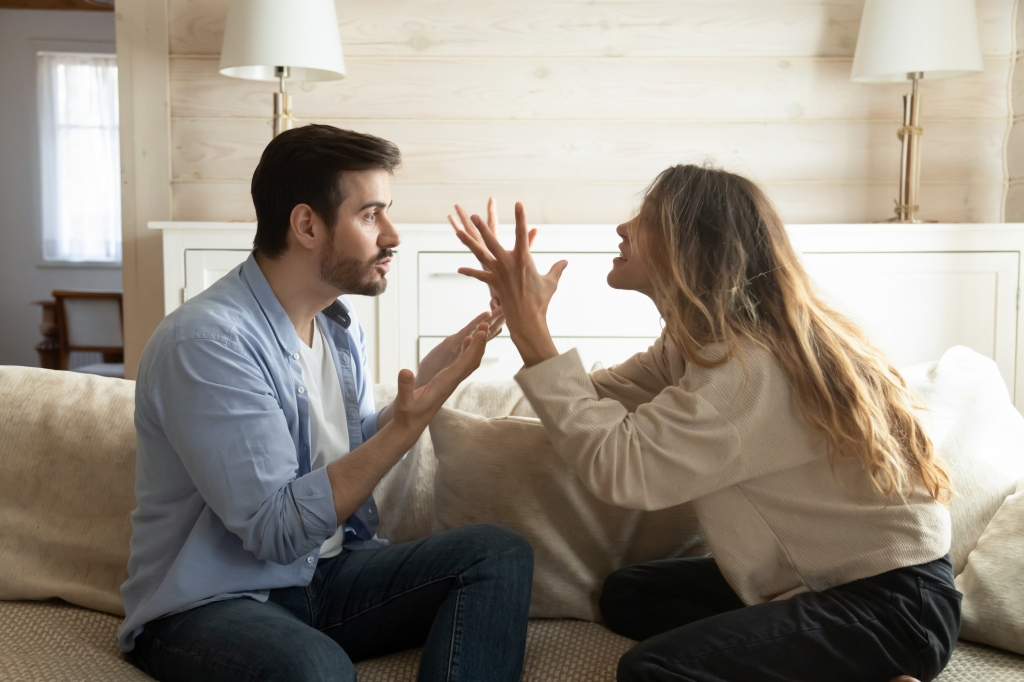 couple arguing during breakup