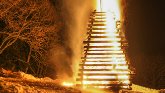 Maine May Legalize Viking-Style Funerals And Let You Literally Go Out In A Blaze Of Glory