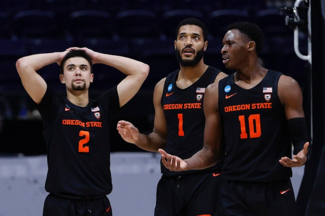 The Oregon State basketball team was reportedly kicked out of their hotel by the NCAA at 1:15 a.m. following the Elite Eight loss to the Houston Cougars