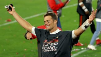 Tom Brady Refuses To Put Banana Ends In His Smoothies And We Need To Know Why