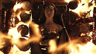 The Most Tantalizing Aspect Of The Snyder Cut's Knightmare Reality Is Wonder Woman's Death
