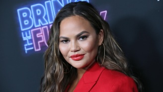 Chrissy Teigen Comes Out Of 3-Week Twitter Retirement, Making Me Look Like A Stupid Idiot