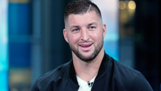 Tim Tebow Looks More Like A Defensive End Than A Tight End In First Videos From Jags Practice