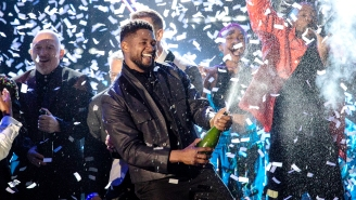 Usher Reportedly Told Strip Club Owner He Wants To 'Make Things Right' Over Fake Money Controversy