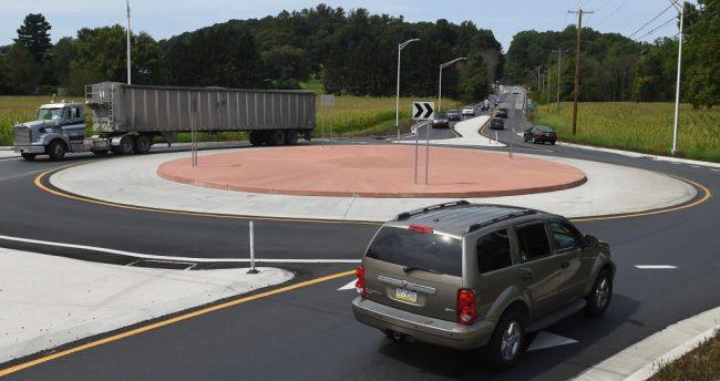 Roundabout Traffic Circle Driving