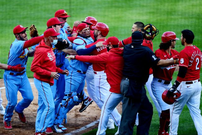 Benches Clear And Multiple Fights Break Out Between Reds And Cardinals After Nick Castellanos Angered Yadier Molina
