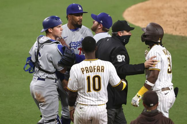 A Fan Ran Onto The Field In The Middle Of A Bench-Clearing Brawl During A Crazy Game Between The Dodgers And The Padres – BroBible