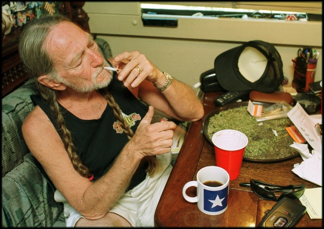 American country singer Willie Nelson asks President Joe Biden to make 4/20 a national holiday.