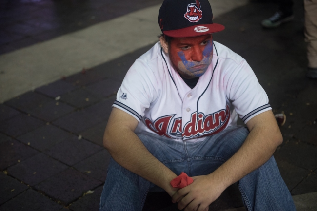 Cleveland Indians fan gets owned on-air by Bruce Drennan, being called a 'fair-weather idiot'