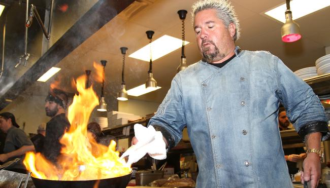 eating at guy fieri restaurant pandemic
