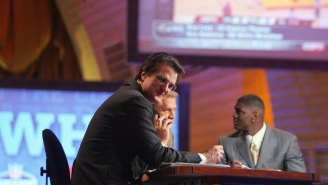 The Way Mel Kiper Jr. Eats His Pizza Proves The Man Lives In His Own Little World