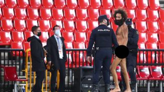 Colin Kaepernick Trends After Look-Alike Gets Caught Streaking At Manchester United-Granada Match