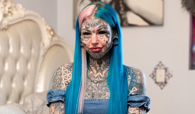 Woman With 98 Of Her Body Tattooed Covers Them All With Makeup
