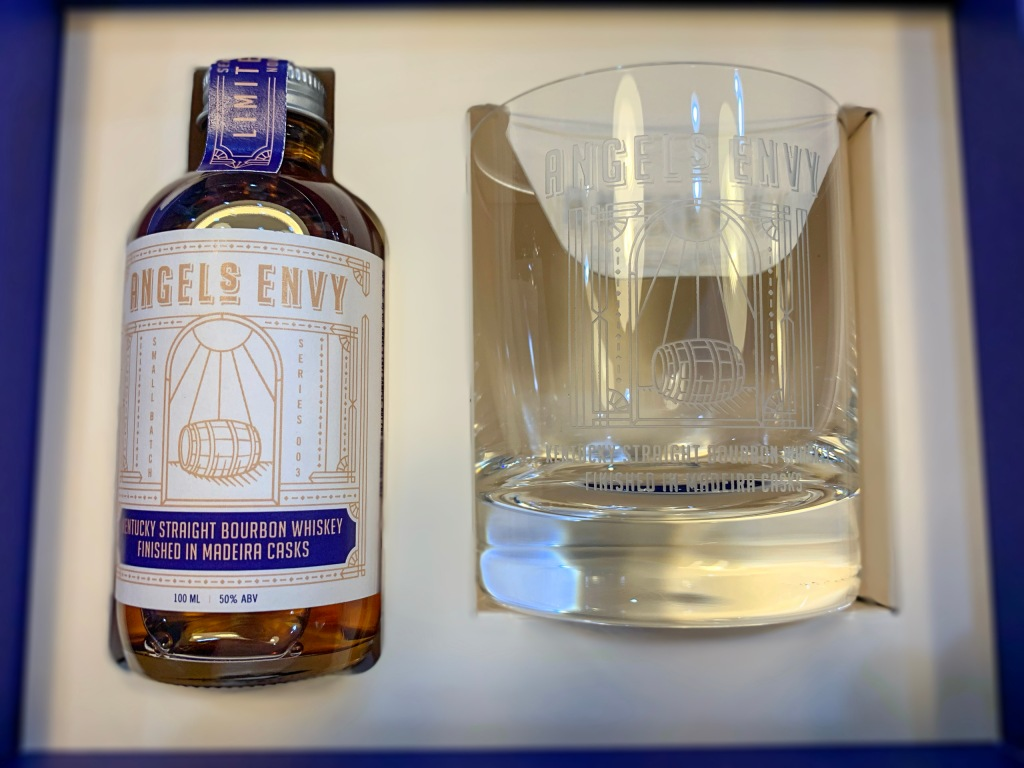 Angel's Envy Kentucky Straigth Bourbon Whiskey madeira casks