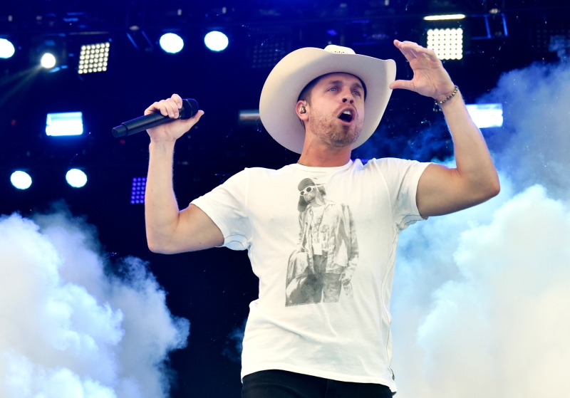 Dustin Lynch On Choosing Music Over Med School And Performing At Cris Collinsworth's Private Rager