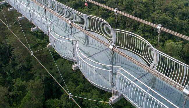 tourist glass bridge breaks china photo