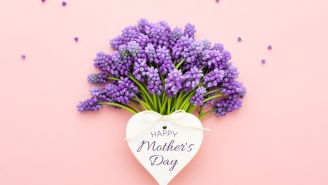 27 Unique Mother's Day Gifts – What To Get Your Mom This Year (2021)