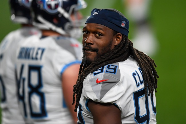 New Cleveland Browns defender Jadeveon Clowney looks ripped in this offseason photo, which should scare every opposing quarterback