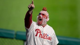 Phillies' Fan Casually Bare-Hand Catches 97 MPH Foul Ball While Holding Ice Cream