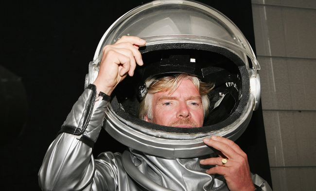 Richard Branson Moves Up Date Of Space Flight To Beat Jeff Bezos