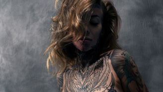 Woman Who Has Tattooed 95% Of Her Body Covers Them With Makeup To See What She Looks Like