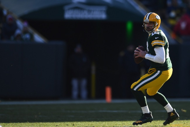 A new report claims Aaron Rodgers has renewed a membership at a country club in Wisconsin, making Green Bay Packers fans really excited