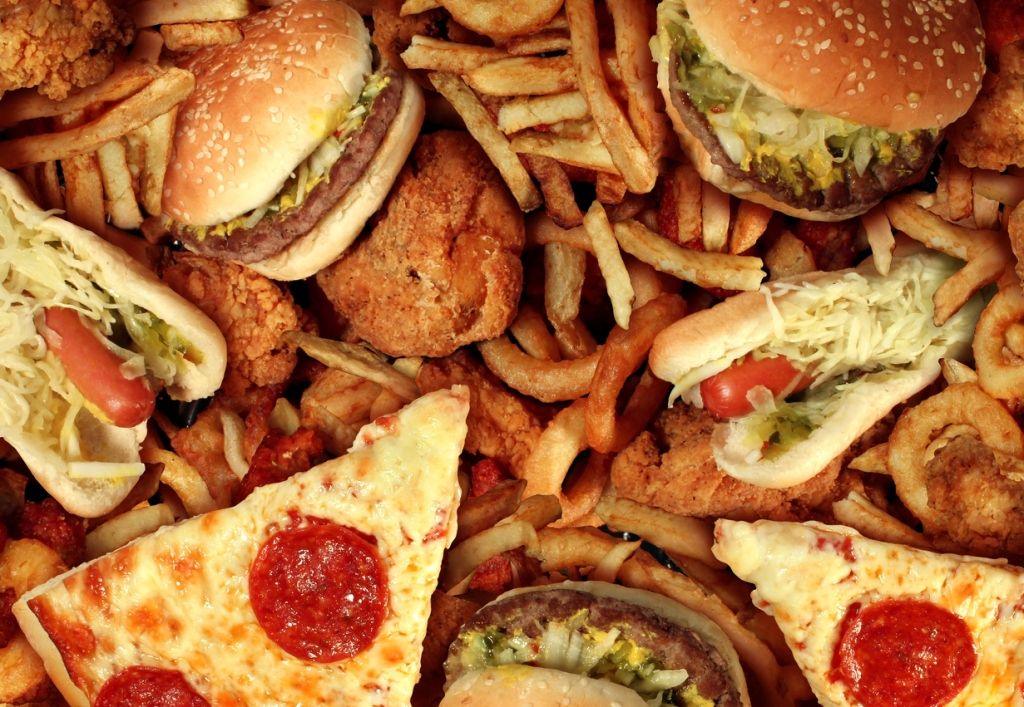 ultra-processed foods fast food junk food bad diet body transformation