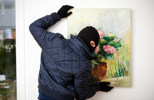 Art thief robbery heist