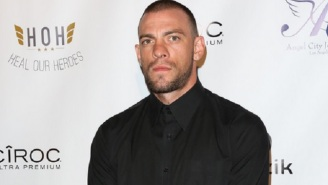 The Outback Steakhouse Bus Boy Joe Schilling Knocked Out In A Bar Claims It Was For 'No Reason,' Plans To Sue