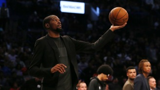 New Book Claims Kevin Durant's Dad Stealthily Met With Knicks Leadership To Try And Get Star During Free Agency